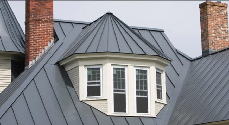 facia with mechanical standing seam